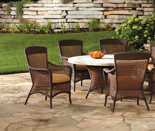 Grand_Traverse_Dining_Set_lloyd_Flanders_48_round_glass_top_table_wicker_chairs