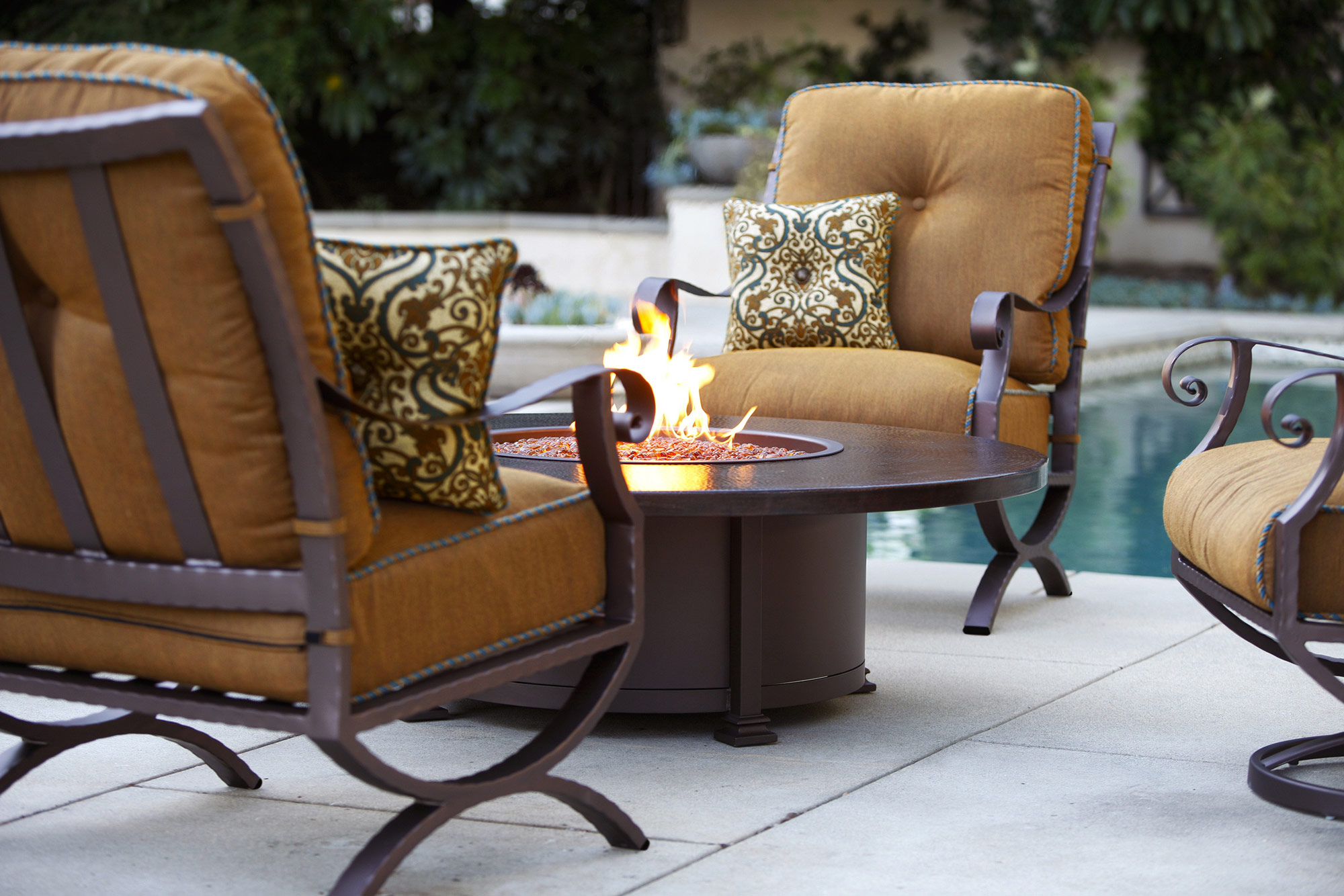 Patio Furniture Los Angeles San Fernando and Conejo Valleys