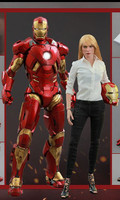 MMS311 Iron Man 3 Pepper Potts & Mark IX 1