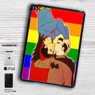 "Batman and Superman Gay Pride iPad 2 3 4 iPad Mini 1 2 3 4 iPad Air 1 2 | Samsung Galaxy Tab 10.1"" Tab 2 7"" Tab 3 7"" Tab 3 8"" Tab 4 7"" Case"