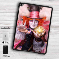 "Alice Through the Looking Glass iPad 2 3 4 iPad Mini 1 2 3 4 iPad Air 1 2 | Samsung Galaxy Tab 10.1"" Tab 2 7"" Tab 3 7"" Tab 3 8"" Tab 4 7"" Case"