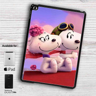 "Snoopy Meet Fifi iPad 2 3 4 iPad Mini 1 2 3 4 iPad Air 1 2 | Samsung Galaxy Tab 10.1"" Tab 2 7"" Tab 3 7"" Tab 3 8"" Tab 4 7"" Case"