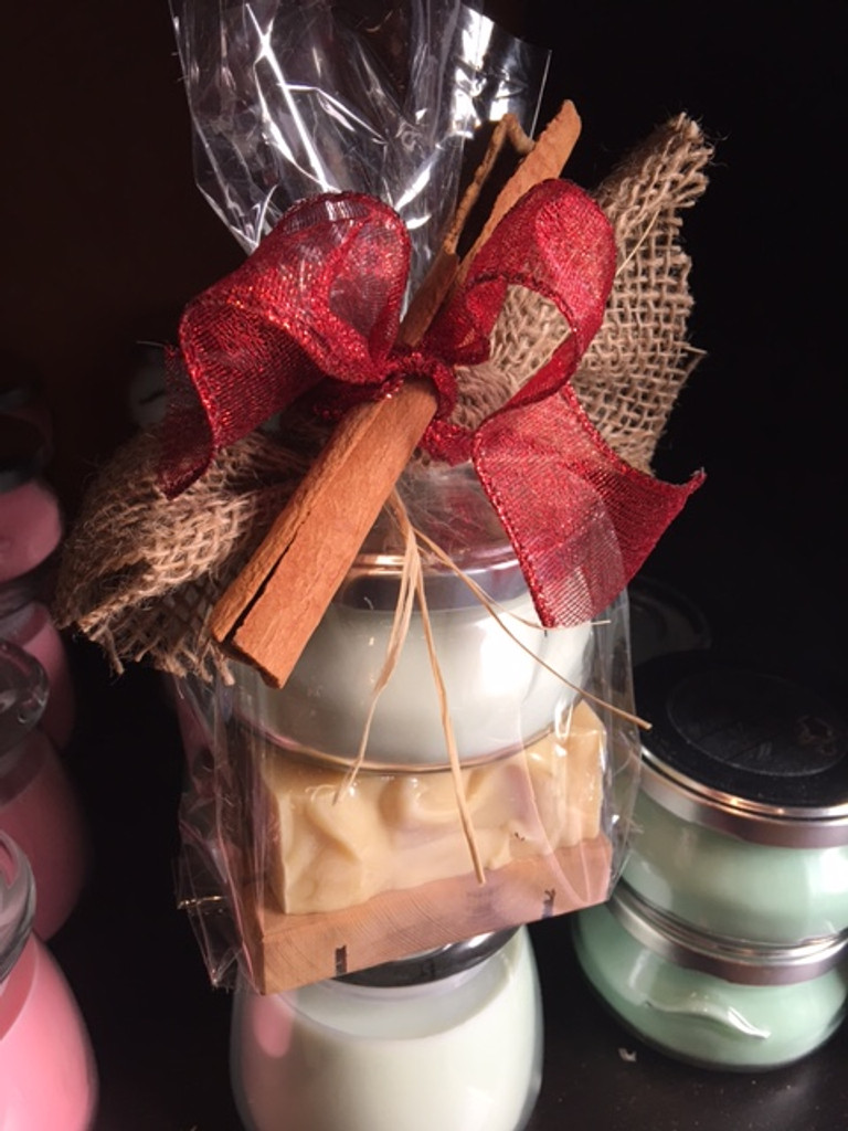Small Candle w/Soap Gift Set