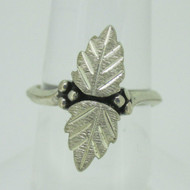 Sterling Silver Black Hills Gold Style Wheeler Ring Size 5.5