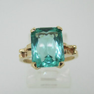 Vintage 10k Yellow Gold Synthetic Green Stone Size 5 1/2