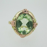 Vintage 10k Yellow Gold Created Green Stone Ring with Rose Gold Accents Size 6