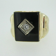 10k Yellow Gold Black Onyx Ring with Approx .06ct Round Brilliant Cut Diamond Accent Size 10 3/4
