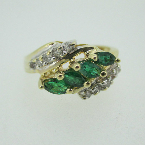 14k Yellow Gold Emerald Ring with Diamond Accents Ring Size 6 3/4