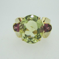 14k Yellow Gold Yellow Green Quartz and Garnet Ring Size 8 3/4