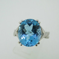 14k White Gold Blue Topaz Ring Size 6 1/4