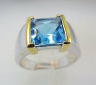 14k White Gold Topaz Ring with Yellow Gold Accents on Band. Size 6 1/2*