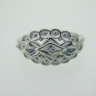 10k White Gold Vintage Style Single Diamond Accent Ring Size 6