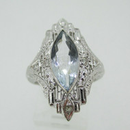 Vintage 18k White Gold Aquamarine with Diamond and Filigree Accents Size 6 3/4