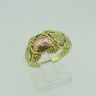 10k Gold And Rose Gold Grape Leaf Ring Size 7 1/2