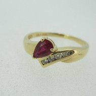 S&J 14k Yellow Gold Pear Shaped Ruby Ring with 5 Diamond Accents Size 9 1/2