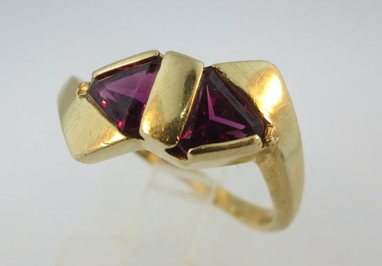 14k Yellow Gold Trillion Cut Rhodolite Garnet Ring. Size 7 ¼*