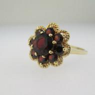 10k Yellow Gold Garnet Ring Size 6 3/4