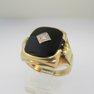 10k Yellow Gold Black Onyx and Diamond with Brush Accent Ring Size 9 3/4
