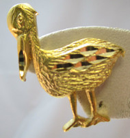 Vintage Gold Tone Small Pelican Pin / Brooch*