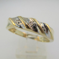 10k Yellow Gold Diamond Wedding Band with White Gold Accents Ring Size 10