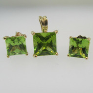 10k Yellow Gold Green Peridot Princess Cut Pendant and Earring Set
