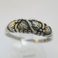 Sterling Silver WM Co Black Hills Gold Style Grape Leaf Band Ring Size 8