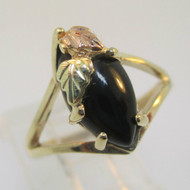 10K Yellow Gold Black Hills Gold Black Onyx Coleman Company Ring Size 7