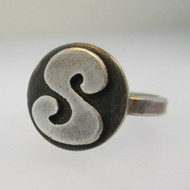Vintage Sterling Silver Signet Initial S Ring Size 6 3/4  3.6g