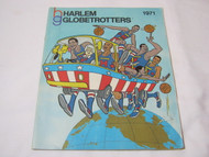 Harlem Globetrotters Basketball 1971 Program Alitalia Airlines Ad