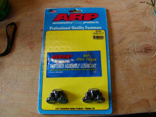 ARP Flex plat to crankshaft bolt set for 440. Their are 6 bolts for the backside of the crankshaft to tighten the flex plate to crankshaft.