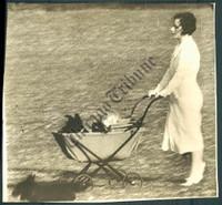 http://images.mmgarchives.com/CT/AK/AKI/AKI-347-CT_F.JPG