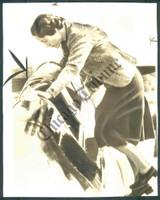 http://images.mmgarchives.com/CT/AK/AKI/AKI-306-CT_F.JPG