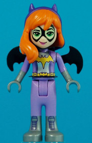 Constructibles DC Super Hero Girls Batgirl LEGO¨ Minifigure (41237) w/Batarang