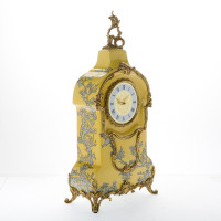 ***Lyvrich d'Elegance, Crackled Porcelain and Gilded Dior Ormolu | Abstract Chinoiserie, Gold & Silver Tabletop Clock | Fantastic Statement Centerpiece | 24.03t X 11.62w X 5.91d | 6392