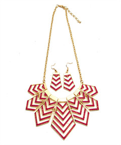 POINT IN ALL DIRECTIONS NECKLACE SET