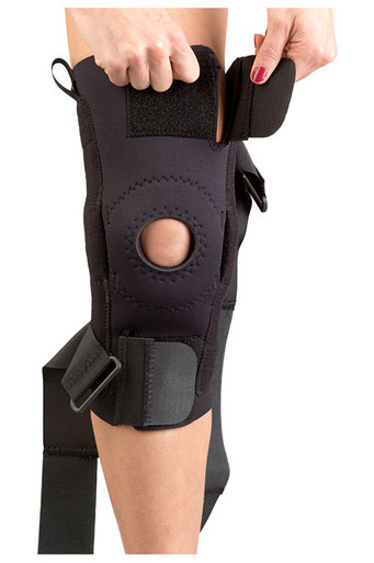 AKS KNEE SUPPORT (PLASTIC HINGES)