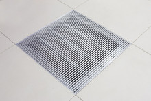 Metalfloor Aluminium Access Floor Grille - 599 x 599 mm PSA Extra - Heavy Grade / With Damper