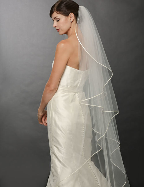 Bel Aire Bridal Veils V7250  One Tier Fingertip Cascading Ribbon Floor Length  Veil