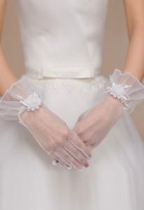 Off White Sheer Tulle Wrist Length Gloves