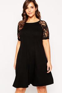 Black Lace Raglan Short Sleeves Plus Swing Dress