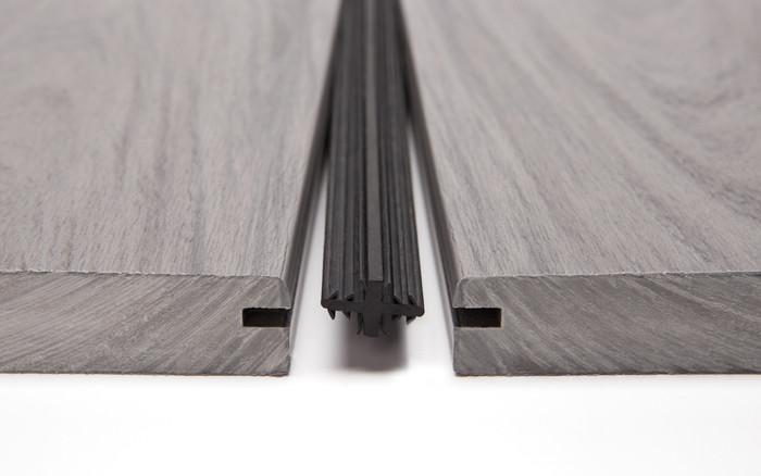 Dexerdry   Easily creates dry zones under raised decks.