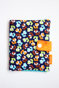 Tiny Navy Foxes crayon wallet closed view