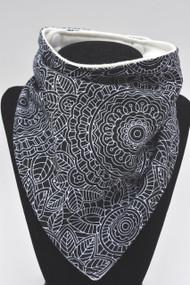 Detailed black bandana bib with bamboo back