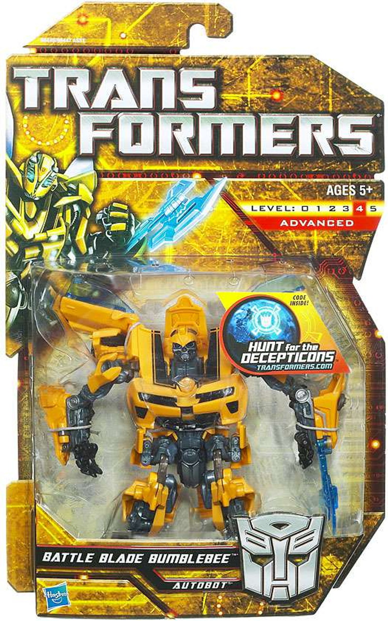 Transformers Hunt for the Decepticons Battle Blade Bumblebee Deluxe Action Figure