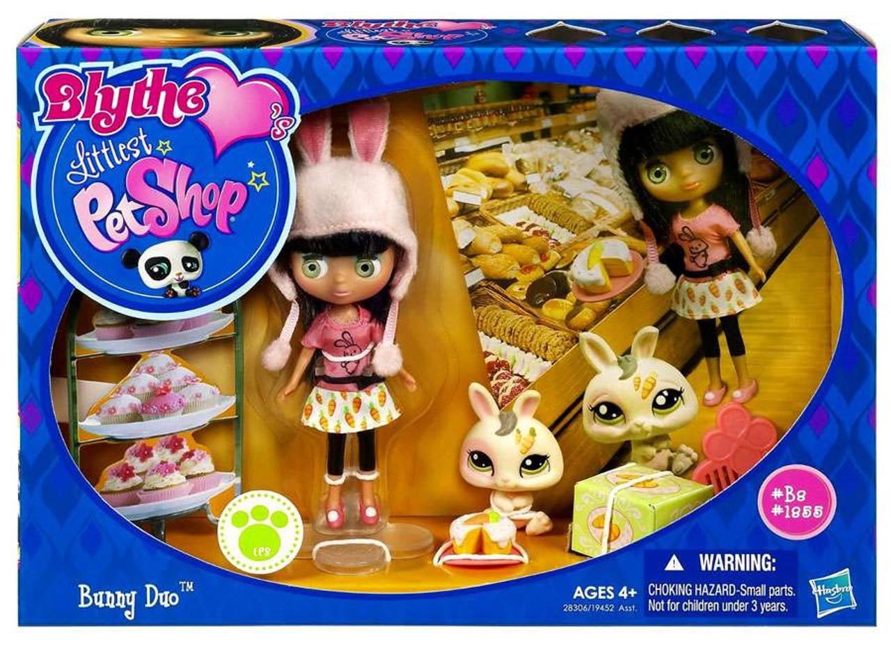 Littlest Pet Shop Blythe Loves Blythe's Sitters Bunny Duo Figure Set B2, 1955