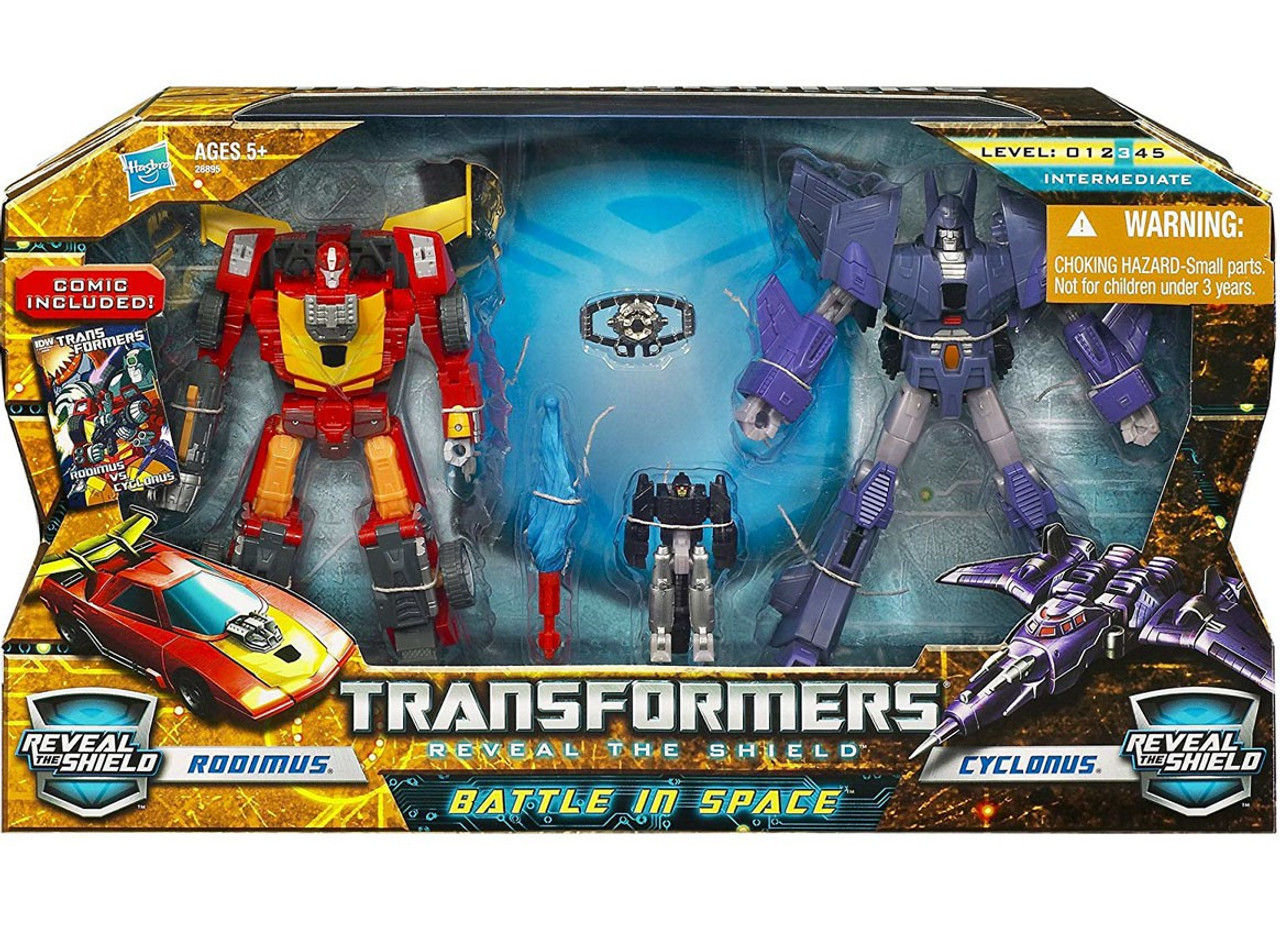 Transformers Reveal the Shield Battle in Space Deluxe Action Figure Set
