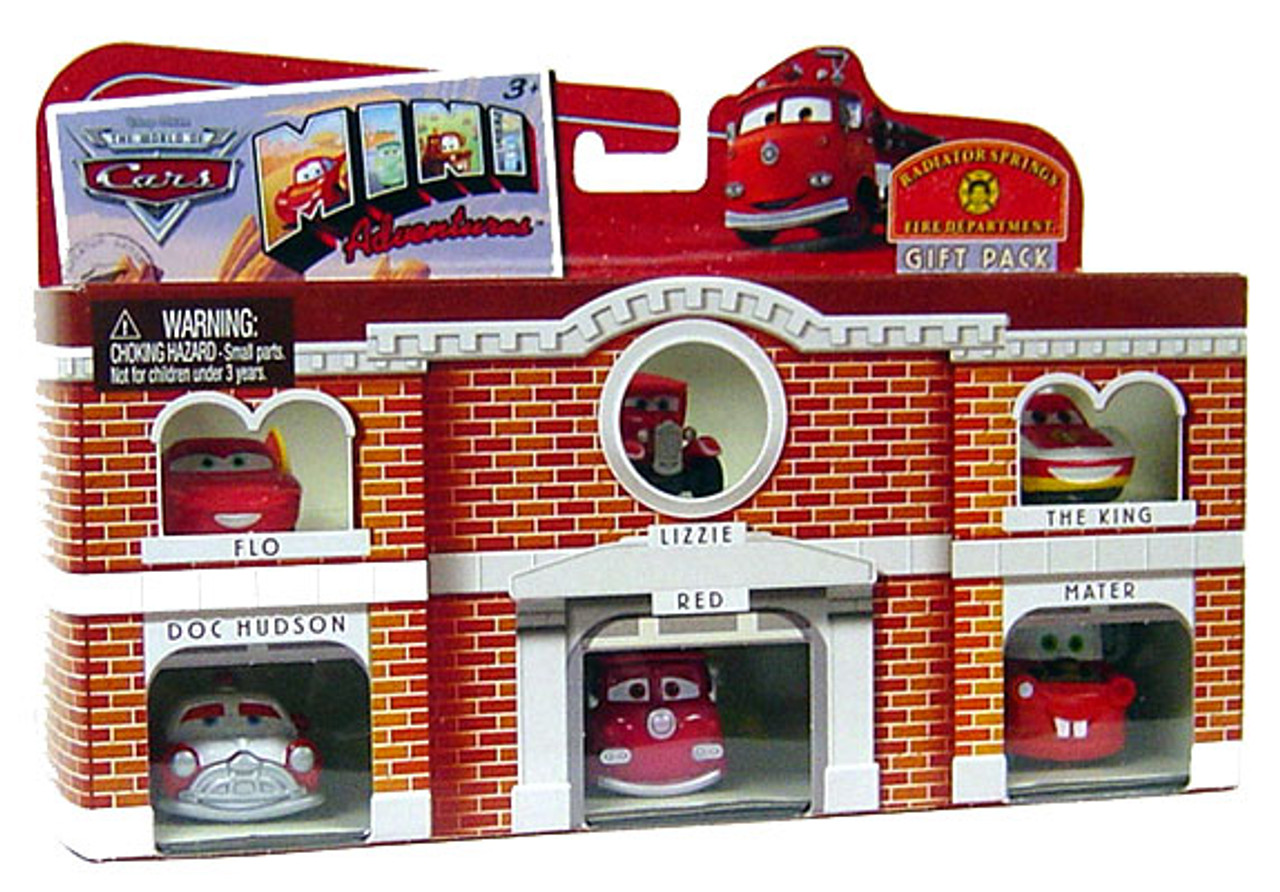 Disney Cars The World of Cars Mini Adventures Radiator Springs Fire Department Plastic Car Gift Pack [Damaged Package]