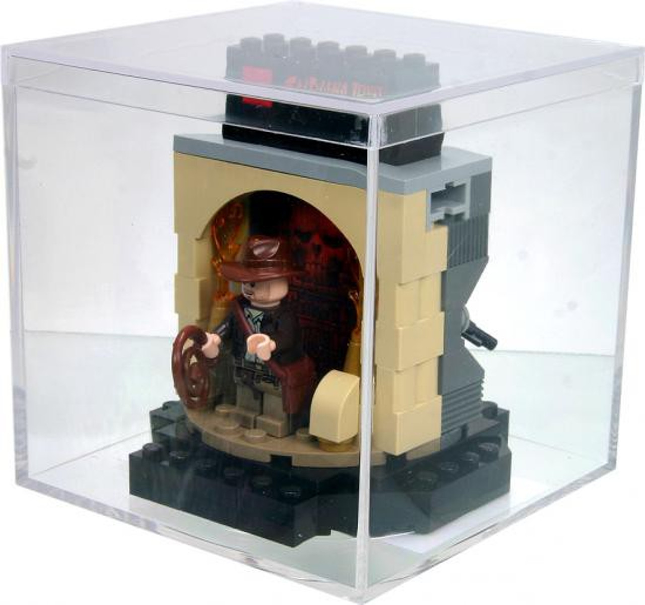 LEGO Indiana Jones / Han Solo Transformation Chamber Exclusive Set