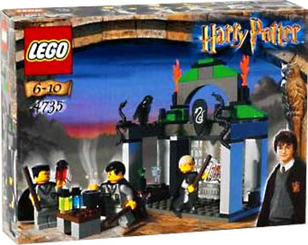 LEGO Harry Potter Series 1 Chamber of Secrets Slytherin Set #4735