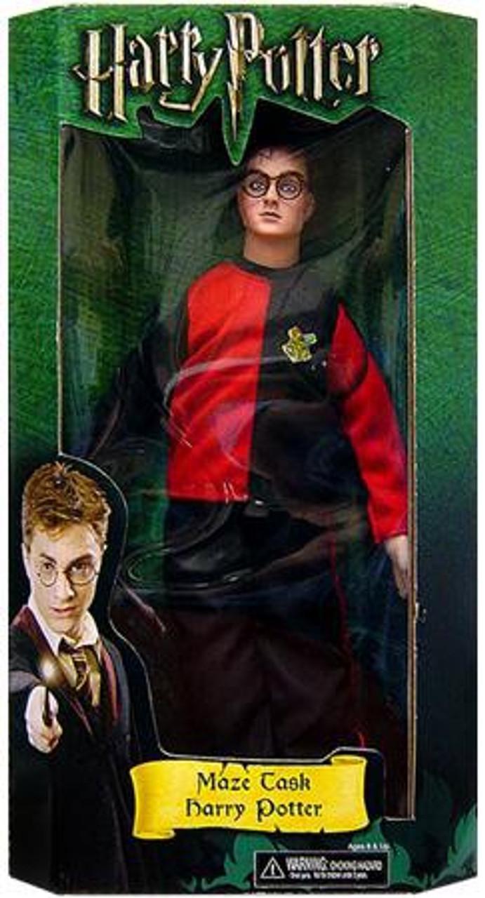 NECA Harry Potter The Goblet of Fire Harry 12-Inch Doll [Maze Task]